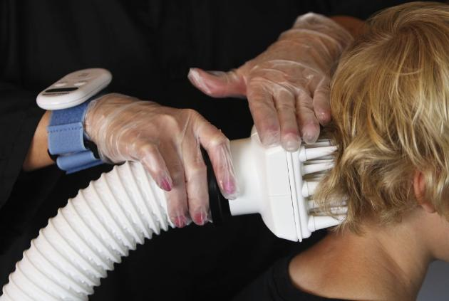 Study shows hot, dry air device eradicates head lice